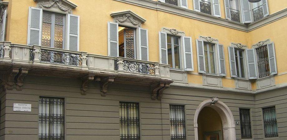 Mediobanca, sorpasso: Del Vecchio sale al 7,5% e scavalca Vivendi