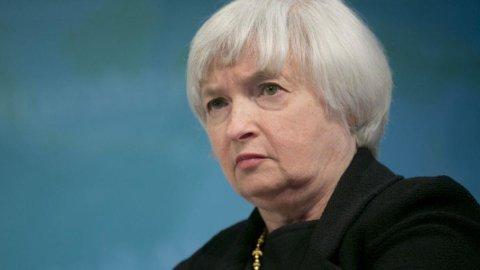 Yellen difende scelte Fed su tassi bassi ma presto ci sarà svolta