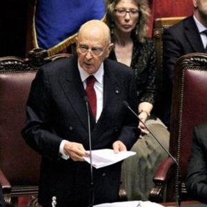 """Napolitano: """"Si è perso ogni rispetto istituzionale"""""""