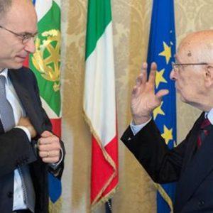 """Governo in bilico, ma Letta rilancia: """"A breve patto di coalizione"""""""