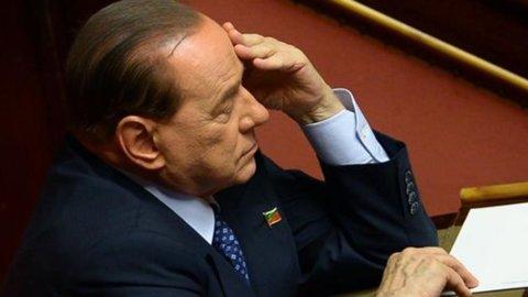 Ennesima giravolta di Berlusconi: il Pdl ci ripensa ancora e vota la fiducia a Letta