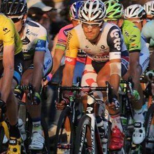 Roubaix, a sorpresa vince l'olandese Niki Terpstra