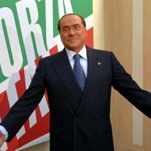 """Forza Italia, Berlusconi: """"Chi non ci sta, se ne vada"""""""