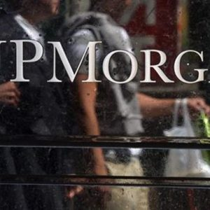 Banche Usa: JP Morgan vola, Wells Fargo frena