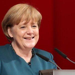Il patto Merkel-Sarkozy rilancia le Borse