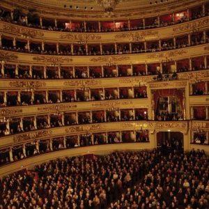 Prima della Scala: 11 minuti di applausi per la Giovanna D'Arco blindata