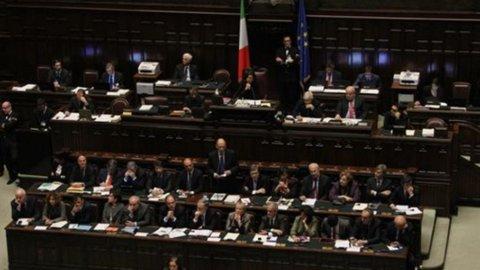 Letta ottiene la fiducia della Camera. In serata il voto del Senato