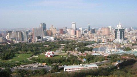 Auto: tutti investono a Wuhan, la nuova Detroit cinese (bancarotta esclusa)