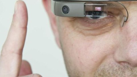Google Glass, per fotografare basta l'occhiolino
