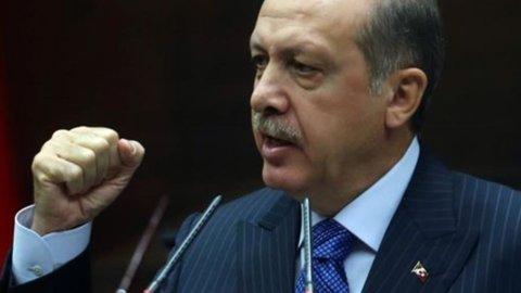 """Colpo di Stato in Turchia. L'esercito: """"Abbiamo preso il potere"""""""