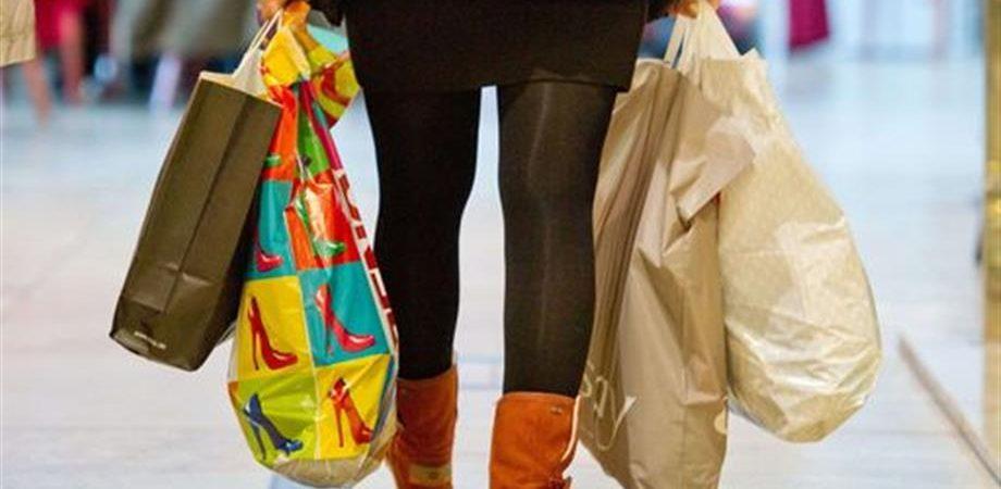 Consumi oltre la crisi: 20.500 euro pro capite all'anno