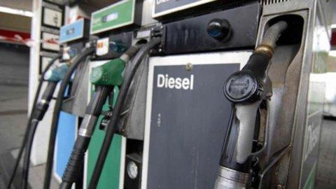 Gasolio e benzina, prezzi in salita: +2,3 miliardi in 6 mesi