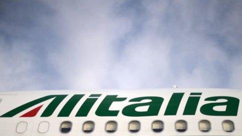 Sciopero Alitalia-Air Italy il 13 dicembre: cancellati 350 voli