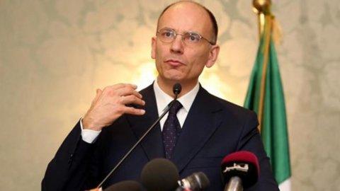 Letta incontra Renzi a Palazzo Chigi: sul tavolo jobs act e legge elettorale
