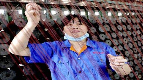 Cina: la corsa dei salari non ferma l'export da record