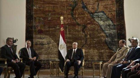 Egitto, si vota nel sangue: 8 morti negli scontri