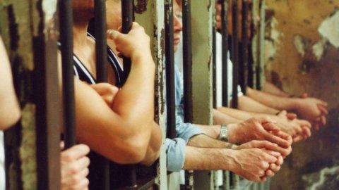 """Olanda, la proposta del viceministro contro i costi carcerari: """"I detenuti paghino 16 euro a notte"""""""