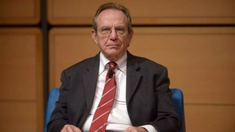 Via libera del Senato: Padoan nuovo presidente Istat