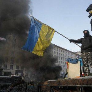 Ucraina, anche l'esercito contro Yanukovich: ecco i numeri del declino economico