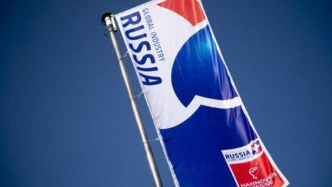 Russia, crescita Pil ha rallentato a +1,3% nel 2013. Dato inferiore alle previsioni degli analisti