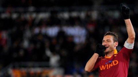 CAMPIONATO SERIE A – La Roma vuole vincere contro il Parma per continuare la rincorsa