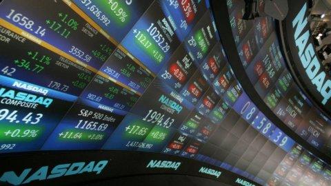 Nasdaq record, petrolio in frenata, banche in ripresa
