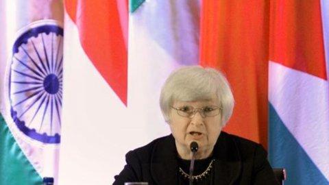 Fed: l'arrivo di Yellen non basta a neutralizzare il freddo sui mercati. Cautela stamani a Milano