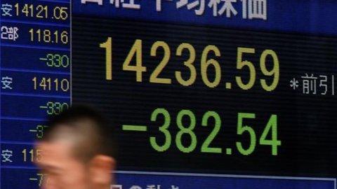 Borsa di Tokyo in lieve calo aspettando i dati sul lavoro Usa
