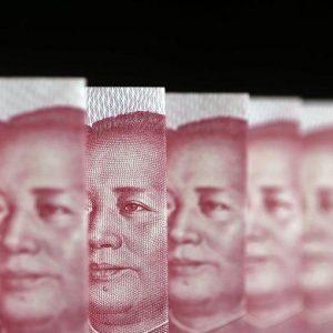 Cina, rallentano anche i servizi