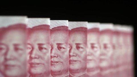 Borsa di Shanghai: tonfo dopo il rally