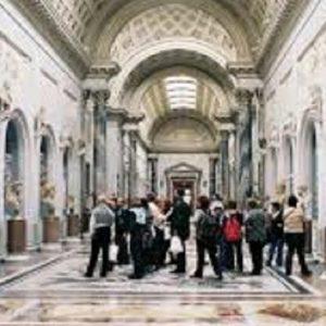 Musei: aumentano i visitatori nel 2013, ma gli italiani viaggiano meno