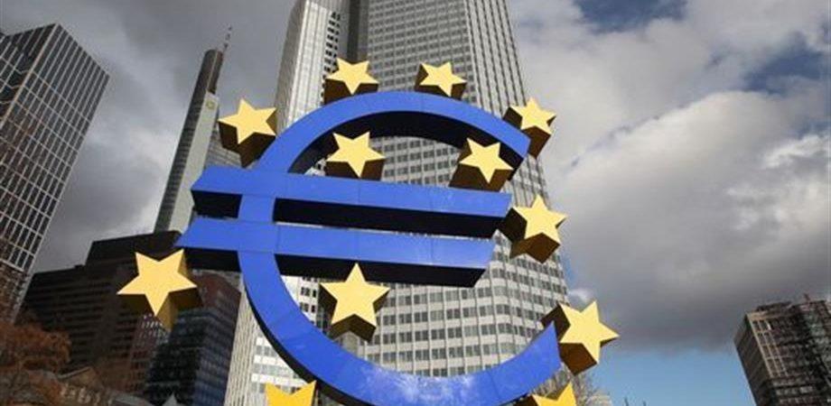 Draghi striglia il Governo e la Borsa soffre