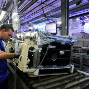 Electrolux, la riduzione dei costi paga: crescono vendite e utili