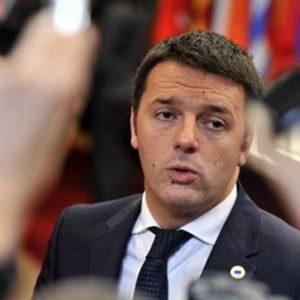 """La parità di genere spacca i due poli. Renzi: """"Nelle liste democratiche le rispetteremo"""""""