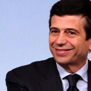 Alitalia, Lupi ai sindacati: o gli esuberi, o il baratro