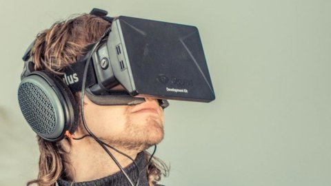 Facebook risponde a Google acquistando Oculus