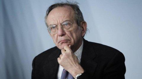 "Ue, Padoan: ""Italia rispetta regole, più di altri"""