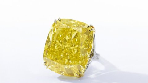 Sotheby's Geneva: World Record  for a Jewellery Auction, 103.032.964 €