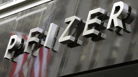 AstraZeneca, azionisti voglio riaprire trattativa Pfizer