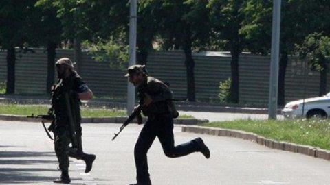 Ucraina: violenti scontri a Donetsk, almeno 100 vittime
