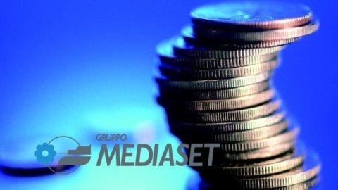Borsa, doppio effetto Spagna su Mediaset: a Milano sale per D+, a Madrid scende per i Mondiali