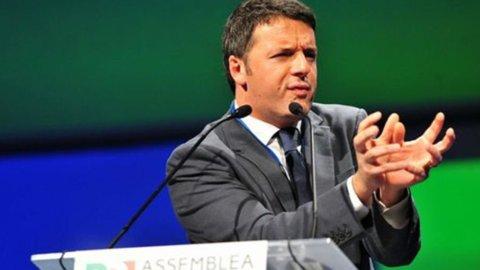 """Pd, Renzi: """"Basta divisioni"""". Ma 13 senatori si autosospendono dopo il caso Mineo"""