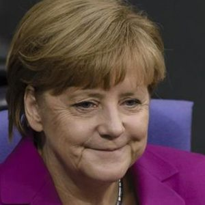 Governo Merkel 4 al via: la cancelliera incassa il sì del Bundestag