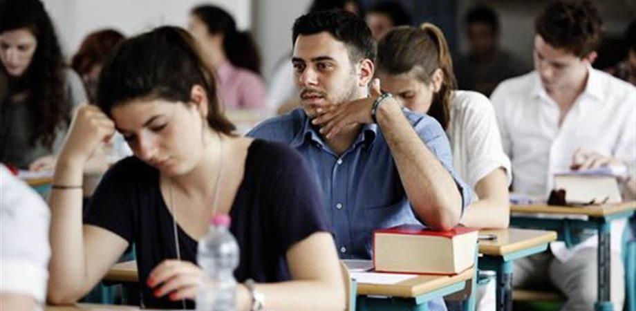 Erasmus già alle superiori, l'Italia ci prova