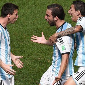 Mondiali, le semifinali sono Brasile-Germania e Argentina-Olanda. Out Neymar e Di Maria