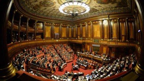 La riforma del Titolo V riporta al centro molte competenze ma non tocca Regioni a Statuto speciale