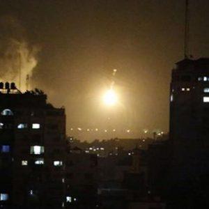 """Israele invade Gaza, Hamas: """"Siamo pronti allo scontro"""""""