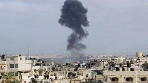 Gaza, già finito il cessate il fuoco: soldato israeliano rapito da Hamas