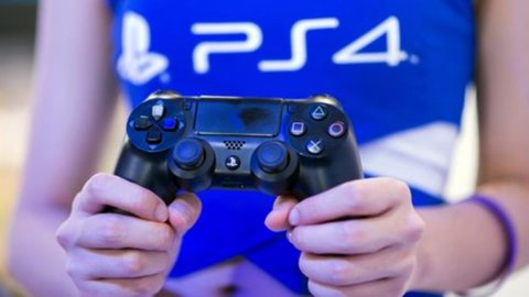 Giappone: Pil ko nel secondo trimestre (-1,7%), ma Sony salva la Borsa di Tokyo