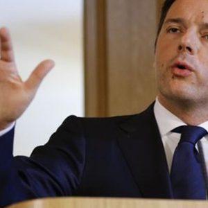 """Renzi, blitz in Iraq: """"L'Ue non volti le spalle"""""""